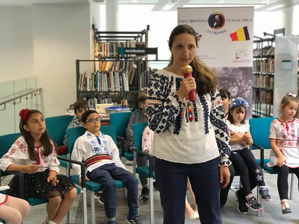 Small Romania from Liverpool – Florina teaches voluntarily Romanian children their native language, history, Romanian culture and civilization