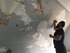Follow your heart – Zsolt paints beautiful stories on walls and turns children's rooms into lands of dreams