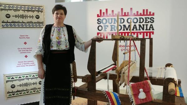 "Adriana and her ""golden hands"" – granny's traditional carpets, made with passion and a lot of love"